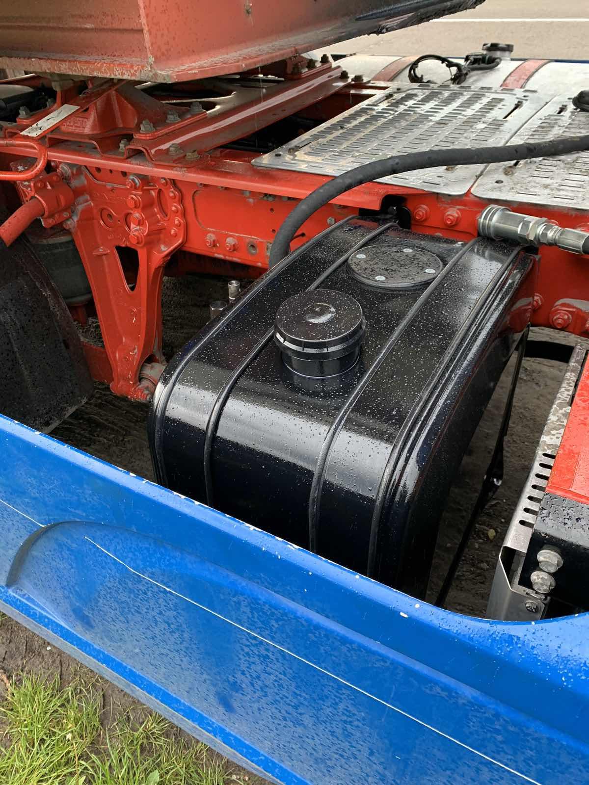 Установка гідравліки на тягач DAF CF